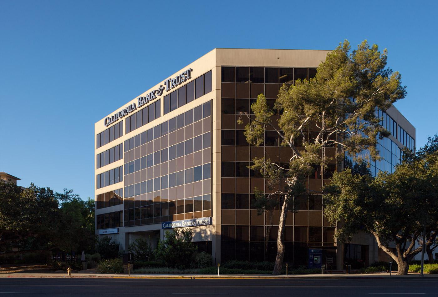 16130 Ventura Boulevard